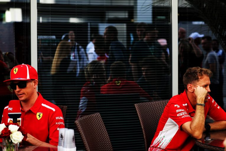 F1   ライコネン、ベッテルへのサポートを否定「自分にとって一番いいリザルトを追求する」:F1ロシアGP金曜
