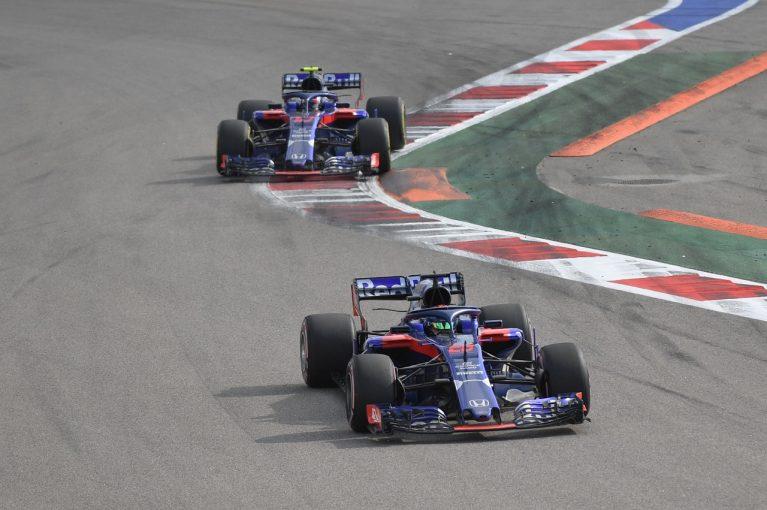 F1 | トロロッソ・ホンダF1、2台揃ってわずか4周でリタイア。ブレーキトラブルの可能性/F1ロシアGP決勝