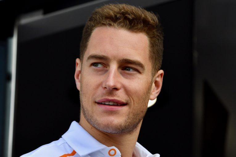 F1   レッドブルF1のマルコ、バンドーンを酷評。一方ウォルフはメルセデスによる支援を示唆