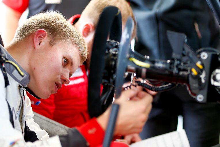 ラリー/WRC | WRC:トヨタ、ラリーGB2日目は全車が表彰台争い。マキネン「昨年よりパフォーマンスが大きく向上」
