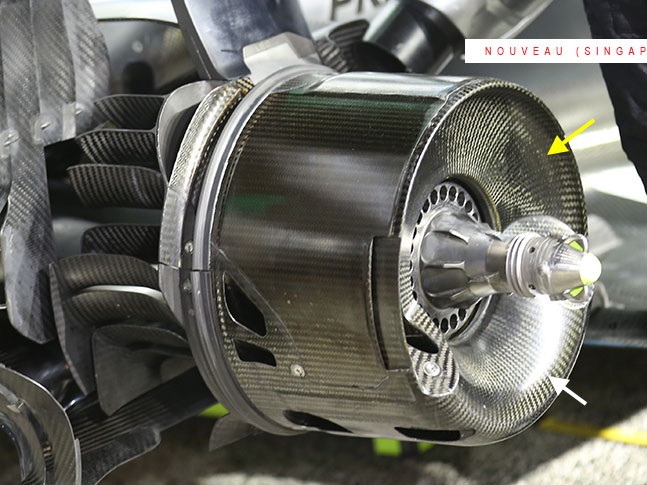 F1   F1技術解説:シンガポールGP以降のメルセデス躍進に一役買った新ブレーキ冷却システム