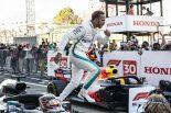 F1 | ハミルトン今季9勝目「フェラーリの失速に驚いているが、それは僕らには関係ない。タイトルに向けて一戦一戦に集中するだけ」:F1日本GP日曜