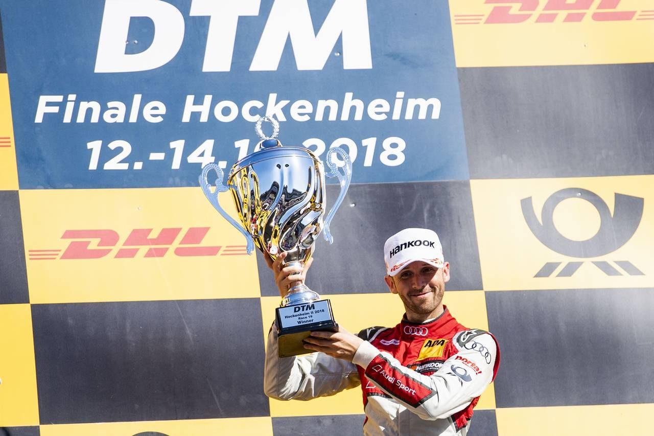 DTM第19戦:レネ・ラストが5連勝! パフェットとの死闘を制し最終戦へ逆転戴冠の望みを繋ぐ