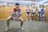 相撲を学ぶ中上貴晶
