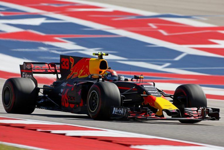 F1   F1アメリカGP:フェルスタッペン降格騒動により、新たな縁石が設置。不正なオーバーテイクを阻止