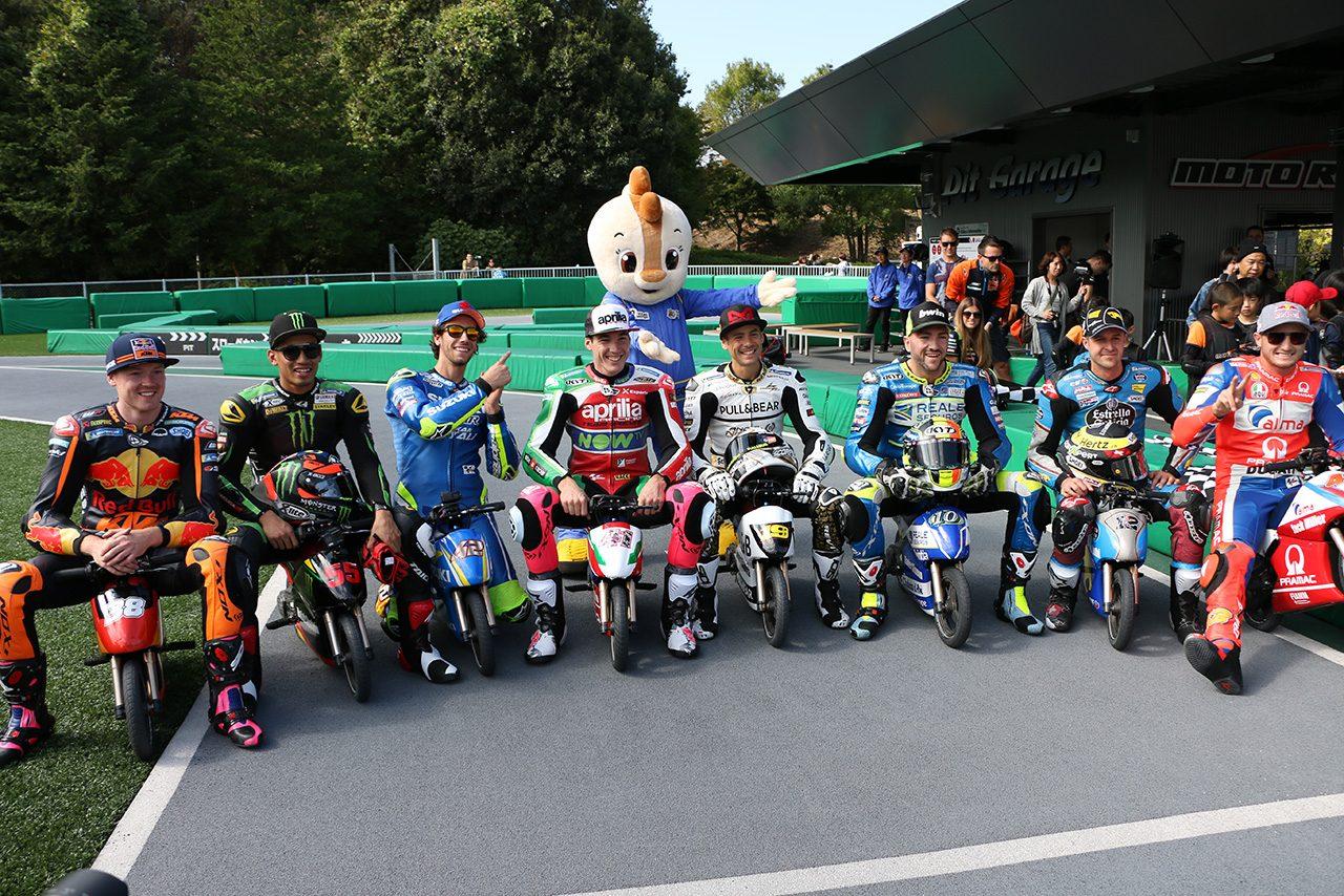 プレイベントに登場した8人のMotoGPライダー