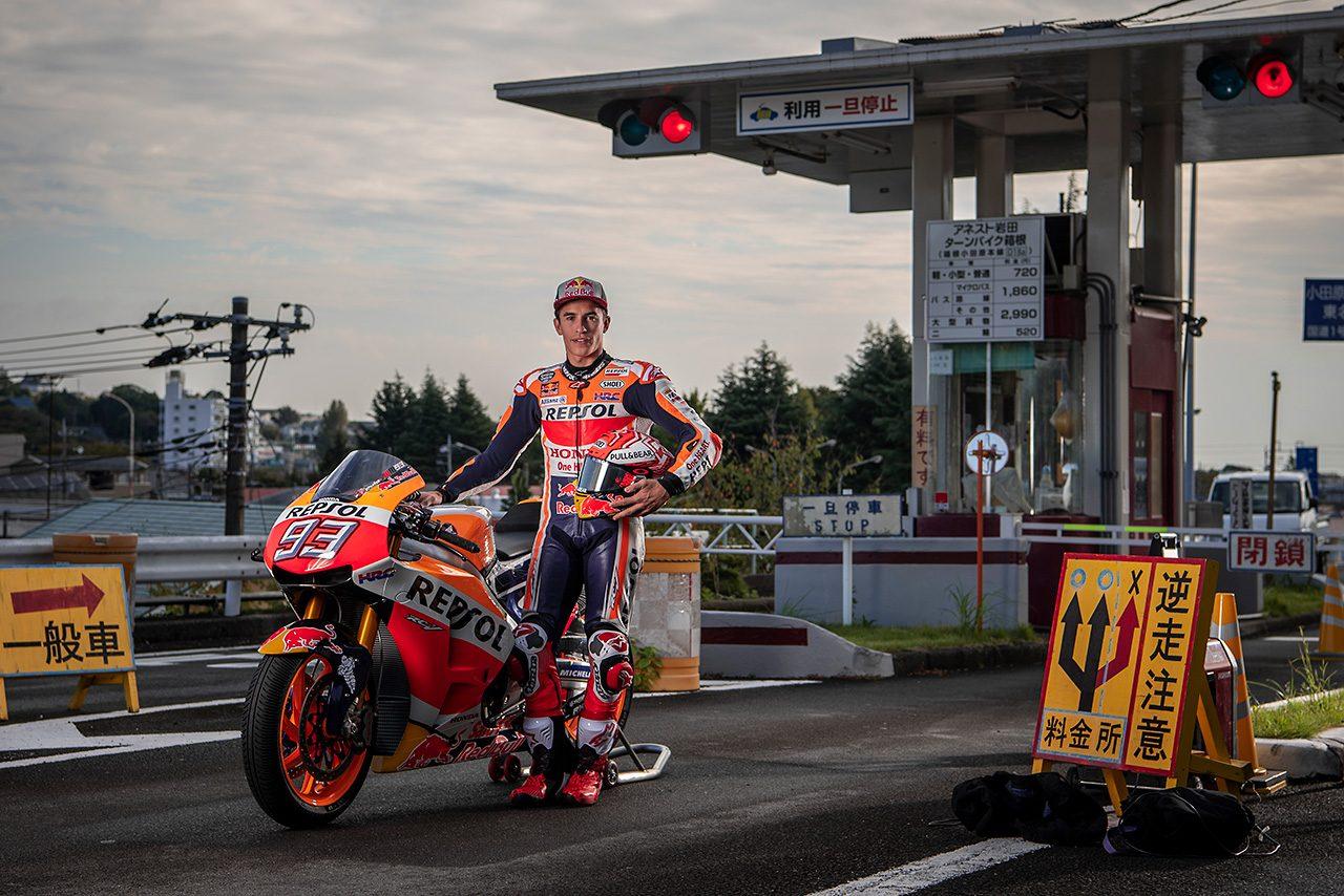 【動画】MotoGP王者マルク・マルケスが箱根ターンパイクを走る!