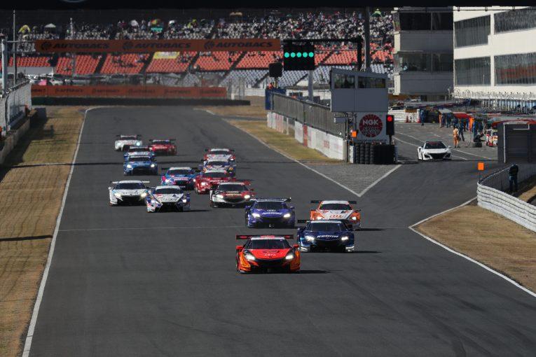 スーパーGT   スーパーGT:ハンデ最大の第6戦オートポリスに44台が集結。GT300の2チームがドライバー変更
