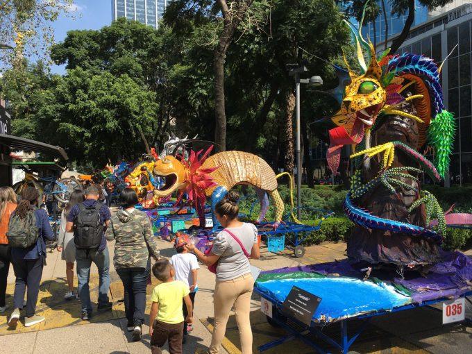 Blog | 【ブログ】『死者の日』週間でサーキットの中もお祭り騒ぎ/F1メキシコGP現地情報1回目