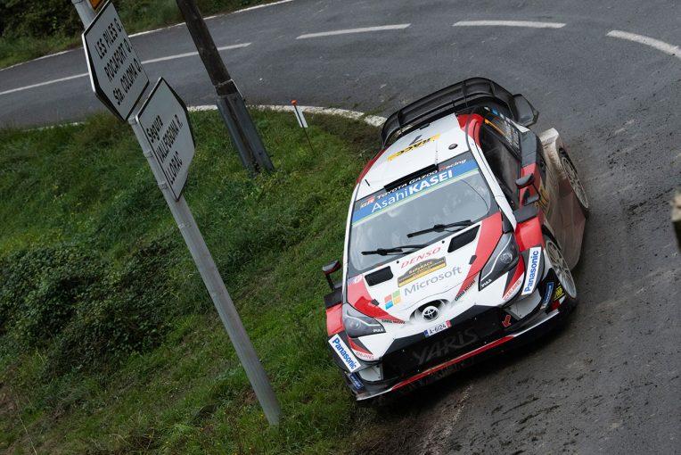 ラリー/WRC   WRCスペイン3日目:逆転王者を狙うトヨタのタナクにアクシデント。奮起したラトバラが総合トップに浮上