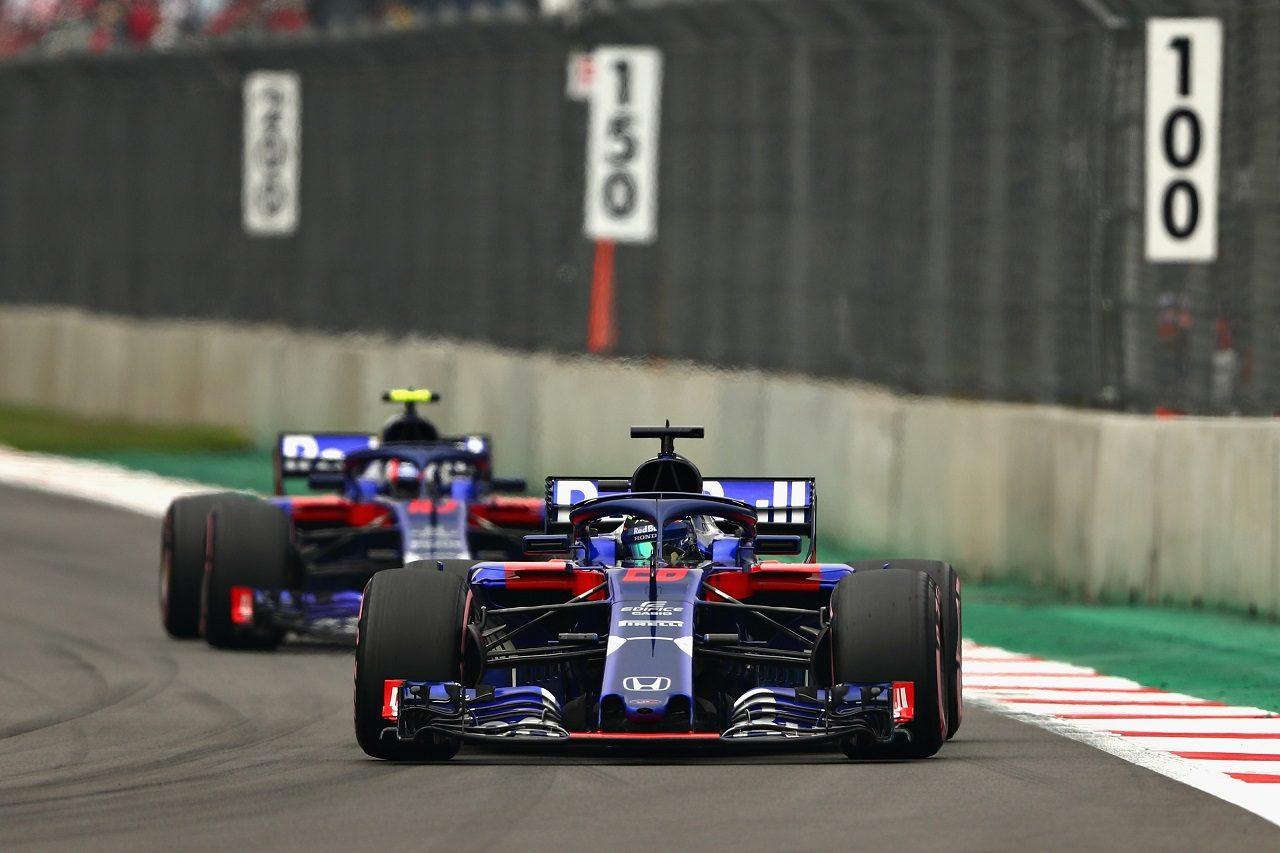 2018年F1第19戦メキシコGP ブレンドン・ハートレーとピエール・ガスリー(トロロッソ・ホンダ)