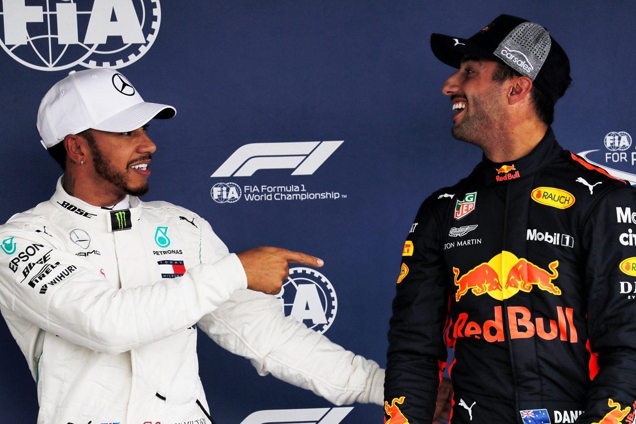 2018年F1第19戦メキシコGP 予選3番手のルイス・ハミルトンとポールのダニエル・リカルド