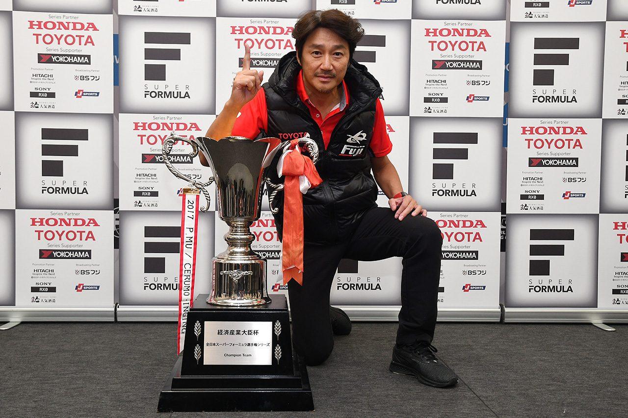 近藤真彦監督、苦節20年のチーム王座に喜びも「涙はドライバータイトルまでとっておく」