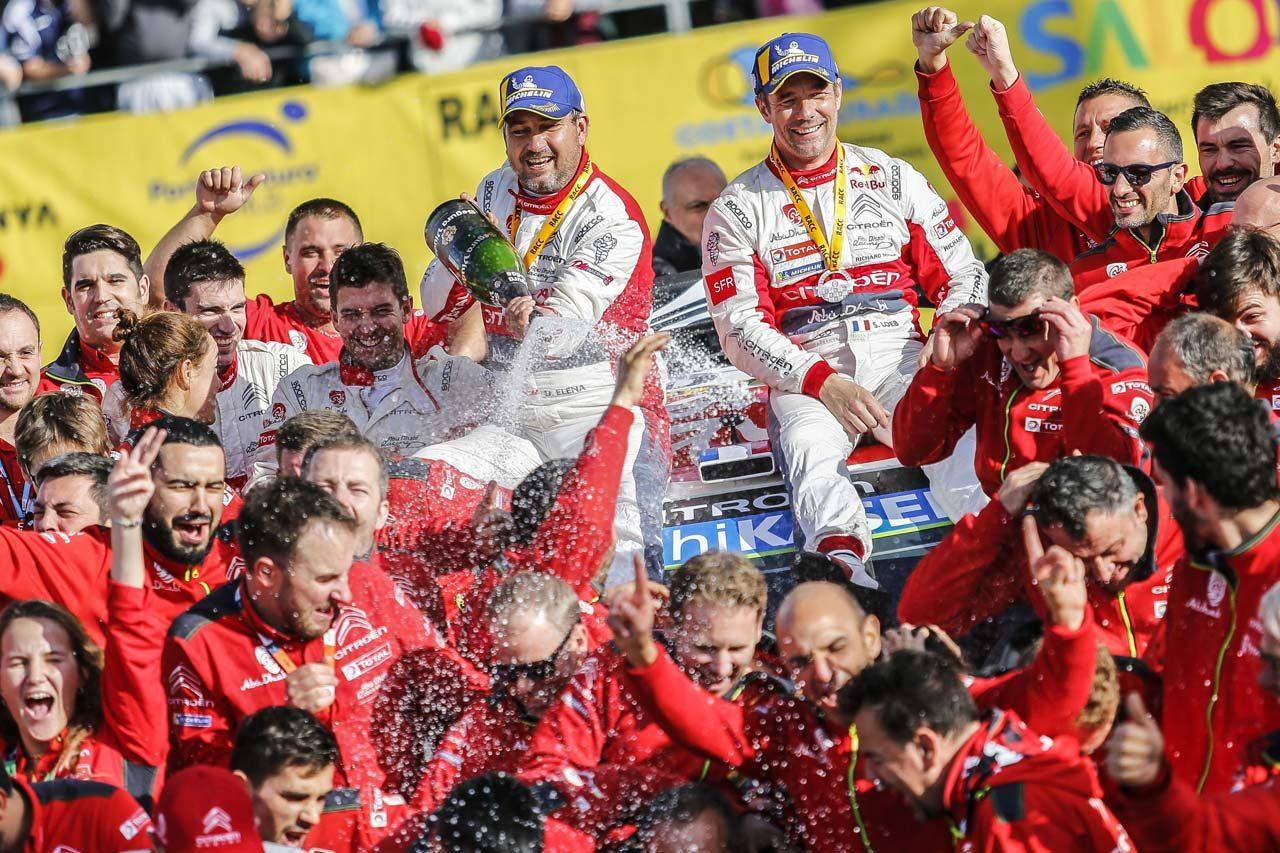 5年ぶりにWRC優勝を飾ったセバスチャン・ローブ(シトロエン・レーシング)