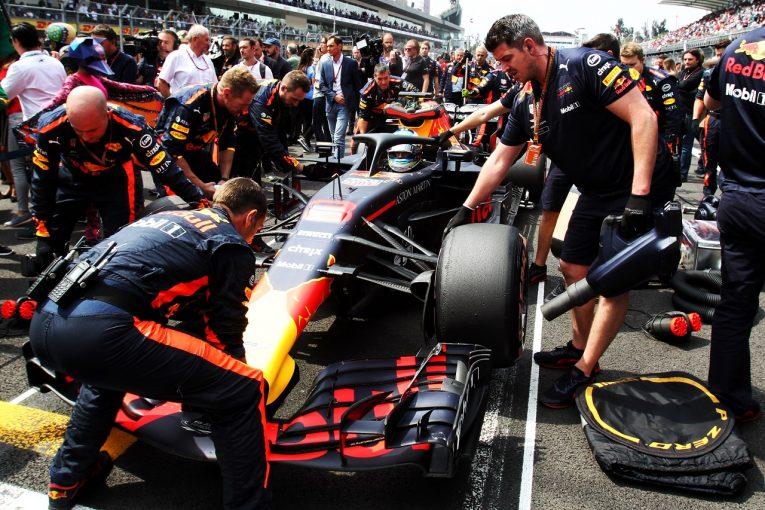 F1 | リカルド、またもトラブルでリタイア「これでは走る意味がない。僕のマシンはのろわれている」:F1メキシコGP日曜