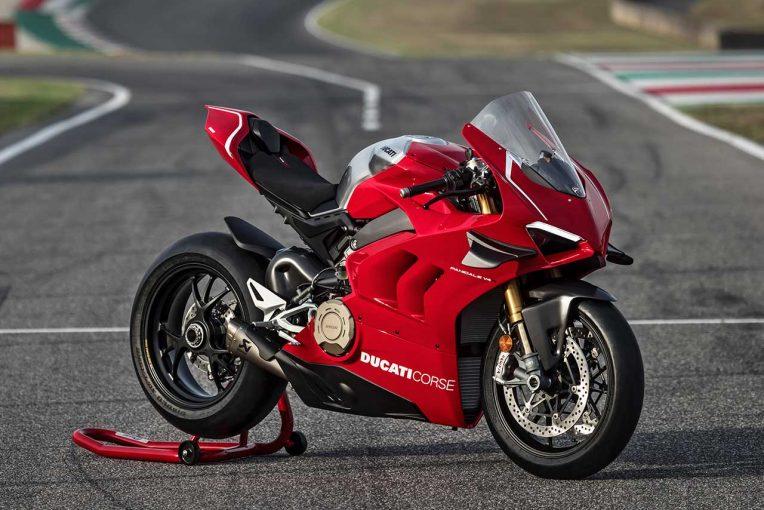 MotoGP | ドゥカティが新スーパーバイク、パニガーレV4 RをEICMA2018開催に先駆け発表。最高出力221馬力