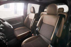 クルマ | トヨタ、『ポルテ』『スペイド』に上質感を高めた特別仕様車を設定