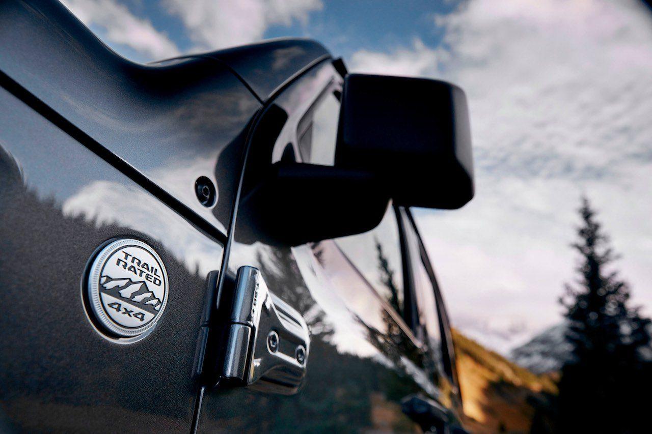 ついに4気筒ターボも。伝統と革新を両立した4代目『ジープ・ラングラー』登場