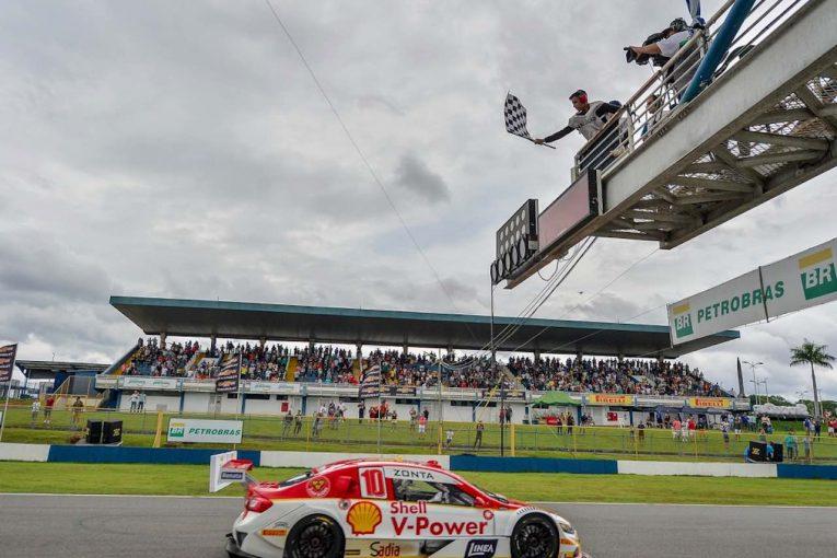 海外レース他 | ブラジルストックカー第11戦、2014年以来の戴冠目指したバリチェロがリタイアで王座獲得権失う