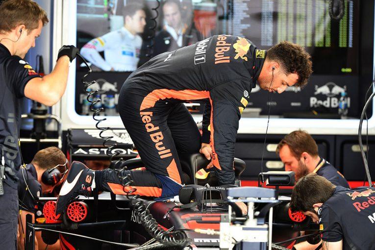 F1 | F1 Topic:リカルドのパワーユニット交換ペナルティで現場が混乱