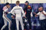 F1 | 勝利を奪われ憤るフェルスタッペンとバックマーカーとしての権利を主張するオコン。最後は握手で和解