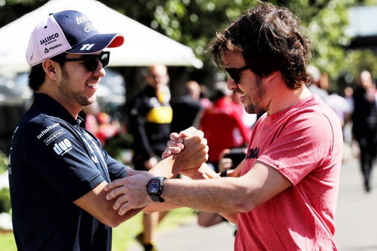 F1 | 「アロンソの苦境が、いまのF1のひどさを物語っている」とペレス
