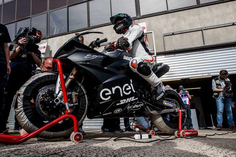 MotoGP | 電動バイクレースMotoEのレギュレーションが発表。ワンメイクマシンの最高出力は約160馬力