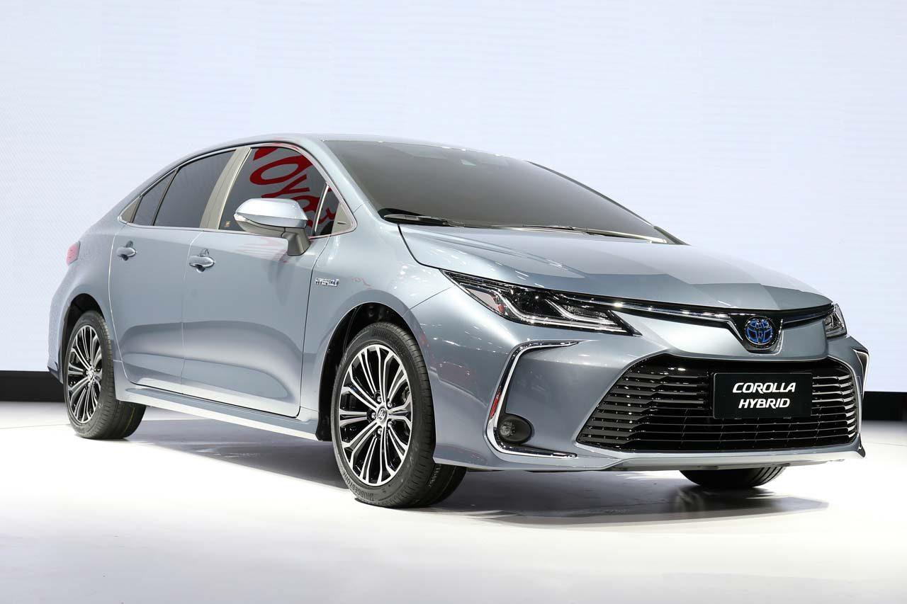 トヨタ、新型セダン『カローラ』『レビン』を中国・広州モーターショーでワールドプレミア