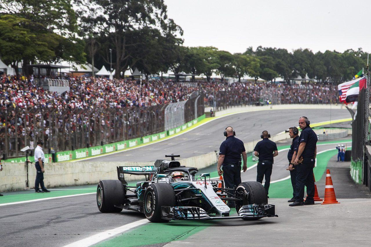 2018年F1第20戦ブラジルGP レースを終えたルイス・ハミルトン(メルセデス)