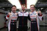 ポールポジションを獲得した7号車トヨタの(左から)小林可夢偉、ホセ-マリア・ロペス、マイク・コンウェイ