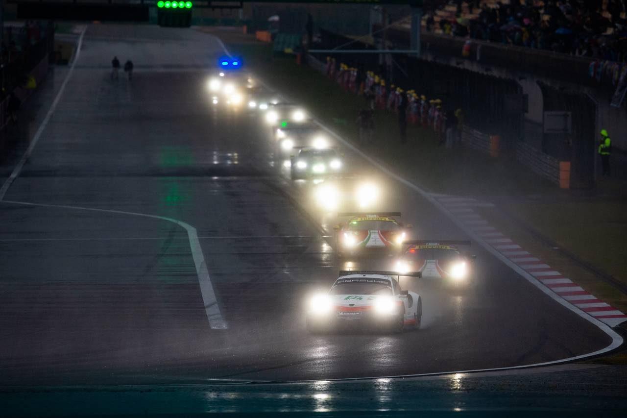 WEC上海:小林可夢偉組トヨタ7号車が2連勝。大雨で2度の赤旗、SC5回出動の難レースを制す