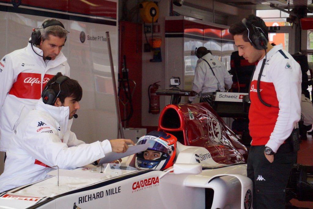 タチアナ・カルデロンがザウバーC32・フェラーリでテスト