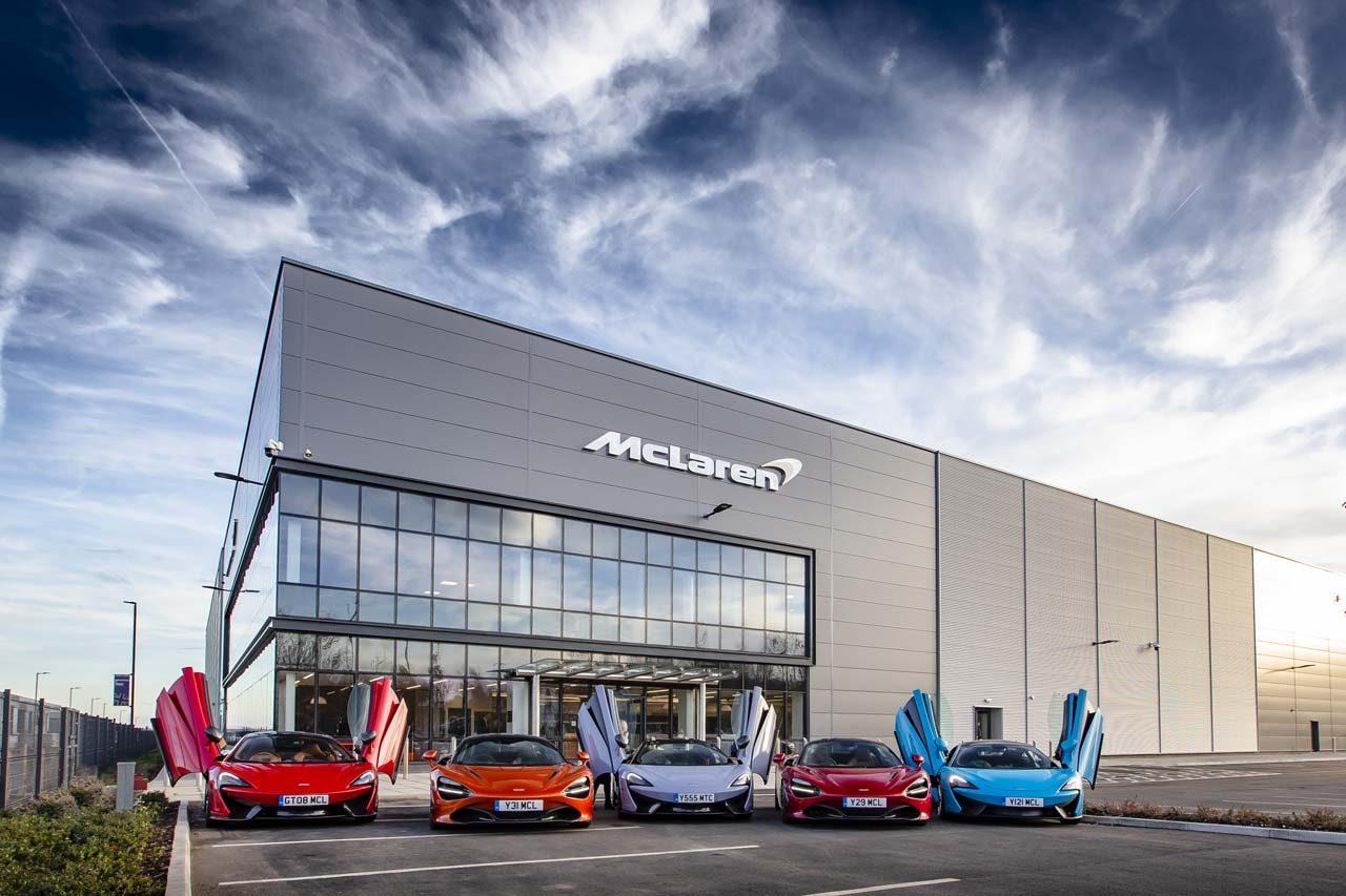 マクラーレン、英国内にカーボンファイバー素材の研究・生産拠点を開設。記念式典にはロイヤルゲストも