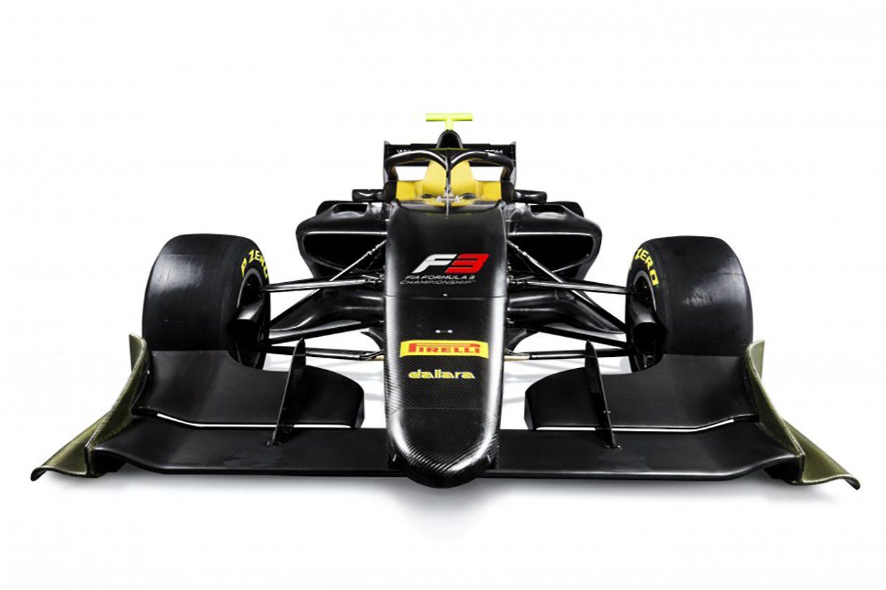 FIA、アブダビで2019年スタートのFIA F3用シャシーを公開。ハロ、DRSを搭載