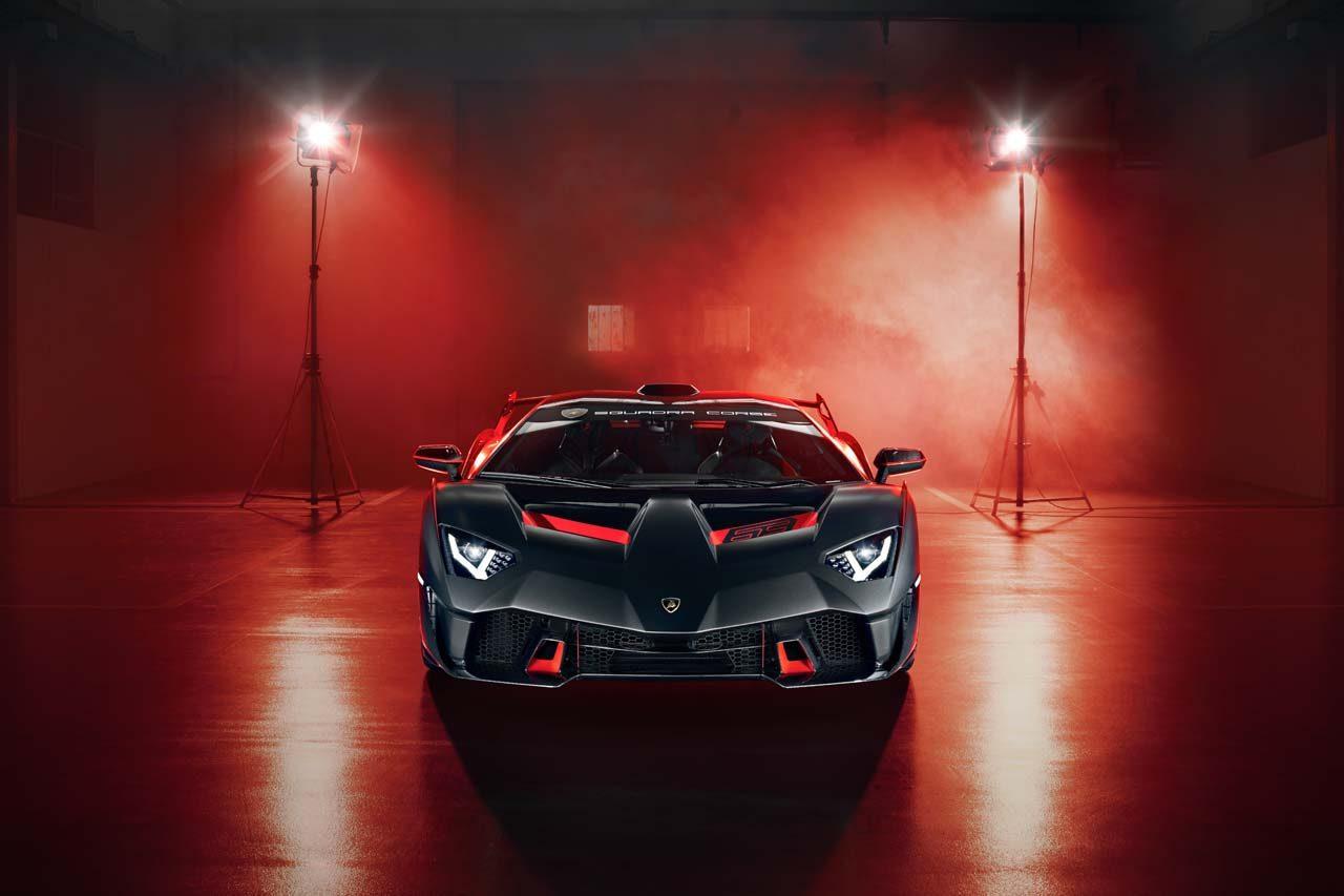 ランボルギーニ、同社モータースポーツ部門初のワンオフモデル『SC18』を初公開