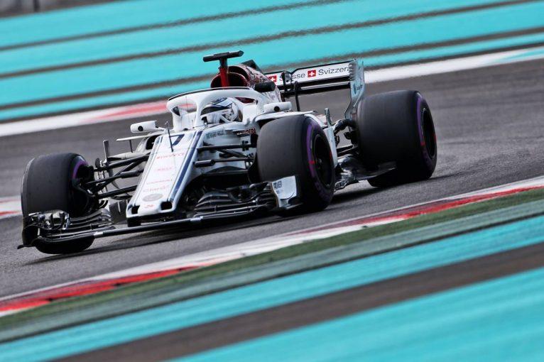 F1 | 【F1アブダビタイヤテスト デイ1午前・タイム結果】ベッテルがトップ。ザウバーのライコネンは9番手
