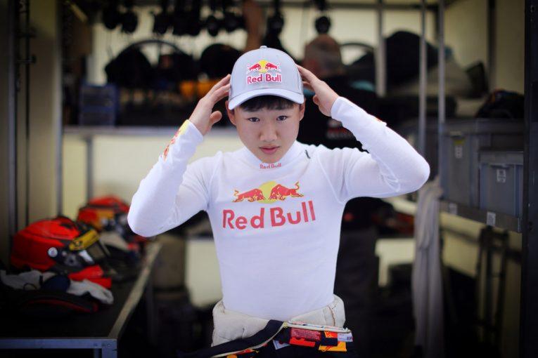 海外レース他 | レッドブルドライバーとしてGP3テストに参加したホンダの角田裕毅。初日6番手につける