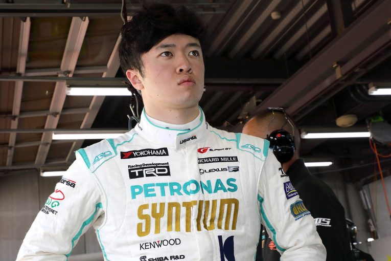 スーパーGT   12月10日に宮田莉朋が一日警察署長に。新百合ヶ丘にSYNTIUM LMcorsa RC F GT3登場