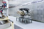 コスワースとアストンマーチンが共同開発したヴァルキリー用6.5リッターV12自然吸気エンジン