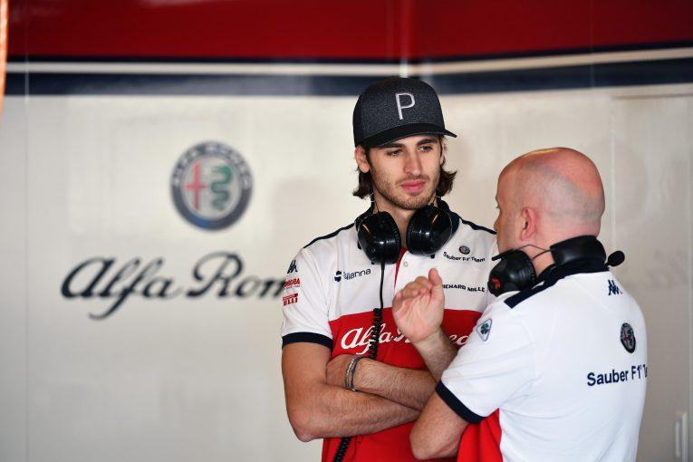 F1 | F1初年度はベテランのライコネンが「僕の進歩を助けてくれるだろう」とジョビナッツィ