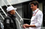 F1 | メルセデスF1代表、ハミルトンのスーパーバイクテストに唖然「彼に電話をしようとしたが、遅かった」
