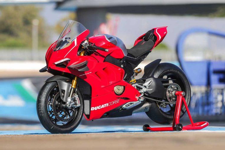 MotoGP | ドゥカティ、2019年国内発売モデルを発表。パニガーレV4 R/V4 Sコルセの価格が明らかに