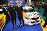海外レース他 | BTCC:王者コリン・ターキントンがWSRとの契約を延長。2019年カラーも続々公開