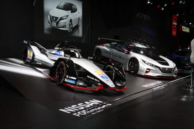 日産自動車のブースにはフォーミュラEの最新マシンも展示