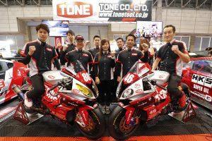 東京オートサロン2019で体制発表を行ったTONE RT SYNCEDGE4413