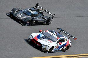 マツダチーム・ヨーストのマツダRT24-PとBMWチームRLLが走らせるBMW M8 GTE