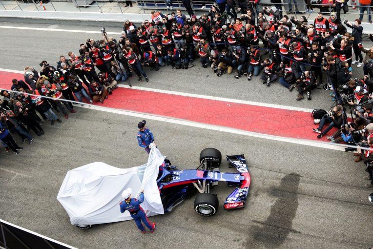 F1 | トロロッソ・ホンダF1が新車発表一番乗りか。STR14をオンラインで初披露