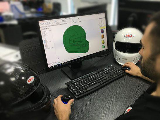 技術解説「F1ヘルメットは、いかに開発されるか」その1