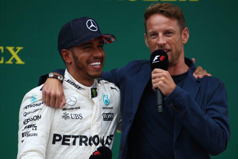 F1 | F1におけるハミルトンの目標は「シューマッハーを上回ることではない」とバトン
