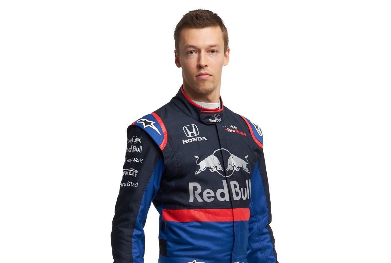 2019年仕様のレーシングスーツを着たダニール・クビアト(トロロッソ・ホンダ)